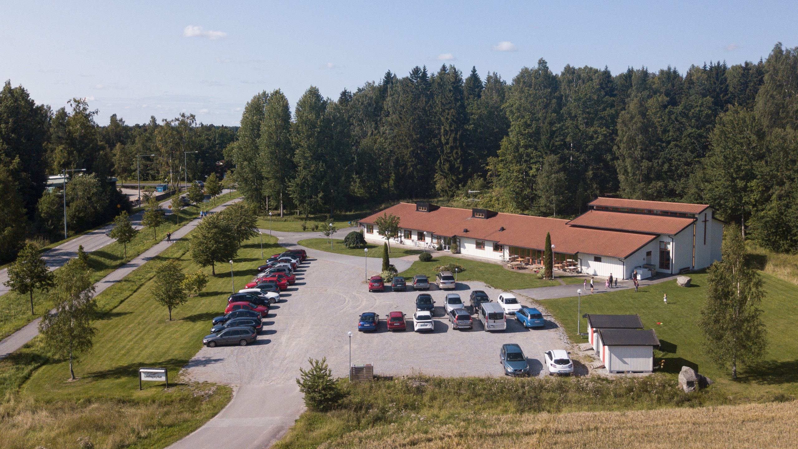 Lediga tjänster i Lundhagskyrkan